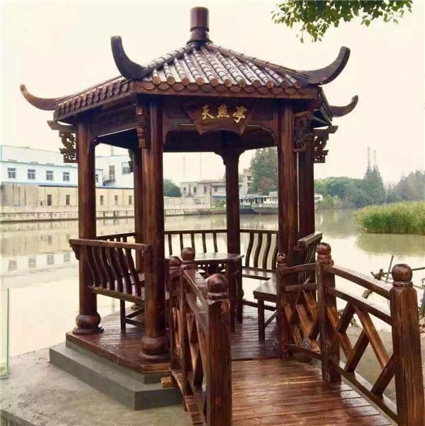 常規六角亭配木橋